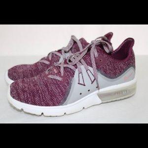 New Listing Nike Air Max Sneakers sz 7